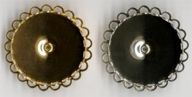 13BR/2 30mm rd. Lace-edge BROOCH