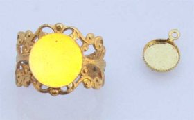 FREE28 Flat Pad Ring plus 8mm rd. Pendant in Gold Plate