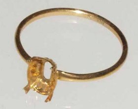 DL88 6x4 10kt SOLID GOLD RING LADIES SIZE R