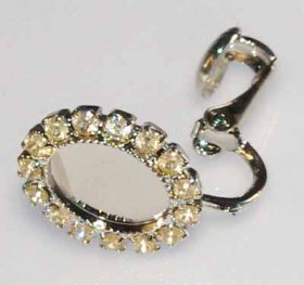 15ER 10x8 Milled-edge EARRING WITH RHINESTONE SURROUND, PRICE PER PAIR