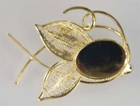 106BR 18x13 Filigree Brooch Gold Plate